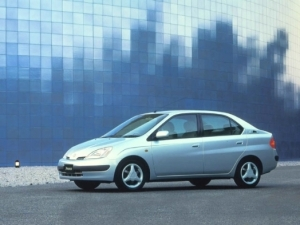 1998001_2001_Prius_color-prv